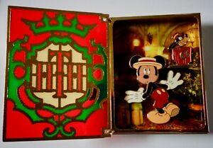 Wdw Livre D'histoires Twilight Zone Tour De Terreur Mickey Mouse & Dingo Géant