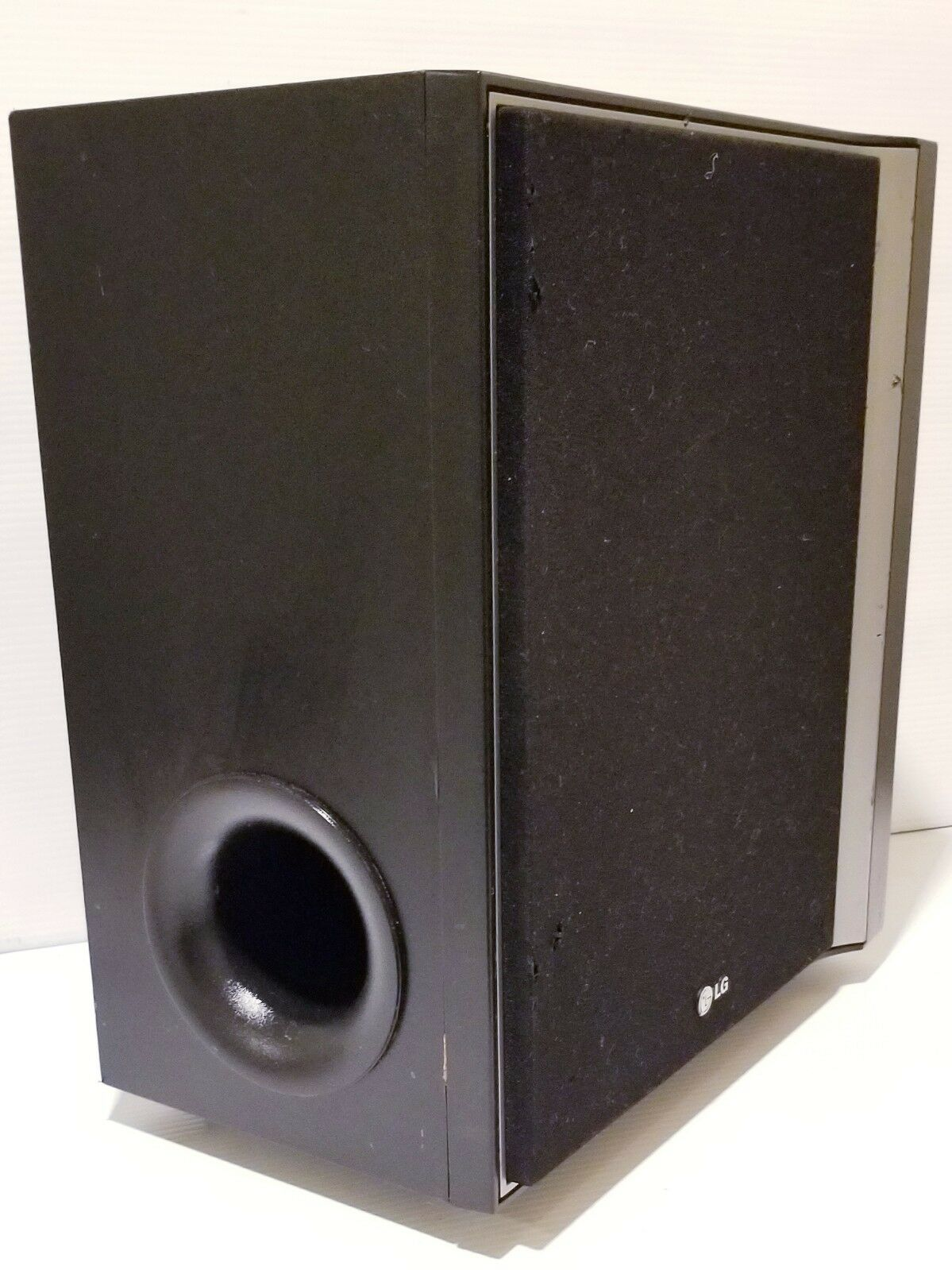 LG SH92SB-W 225W 450W Passive 1-Way Home Theater Subwoofer for LHT754