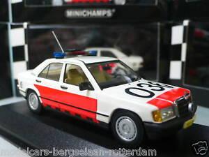 Mercedes-Benz-190-E-Rotterdam-Politie-Police-Minichamps