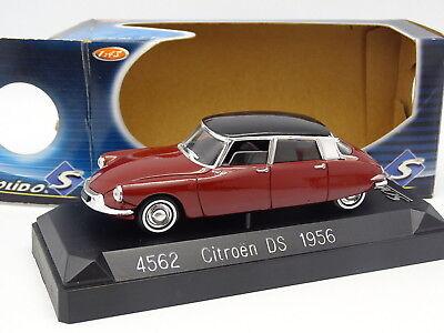 Citroen DS 19 Aubergine Ixo Presse 1//43