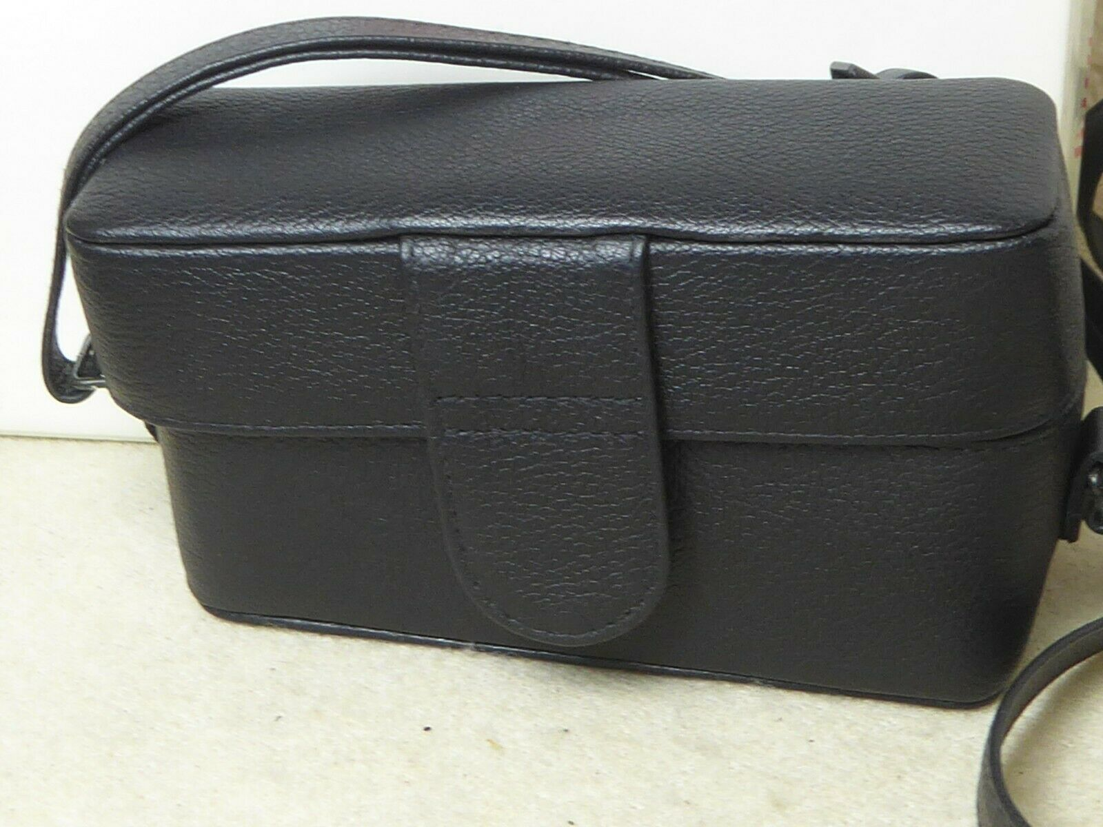 new boxed Leica Genuine Leather Camera Case Black for Leica Minilux 18506