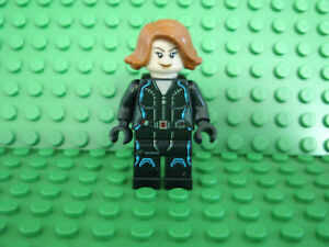 LEGO MARVEL Super Heroes BLACK WIDOW Keychain NEW Mint Minifig