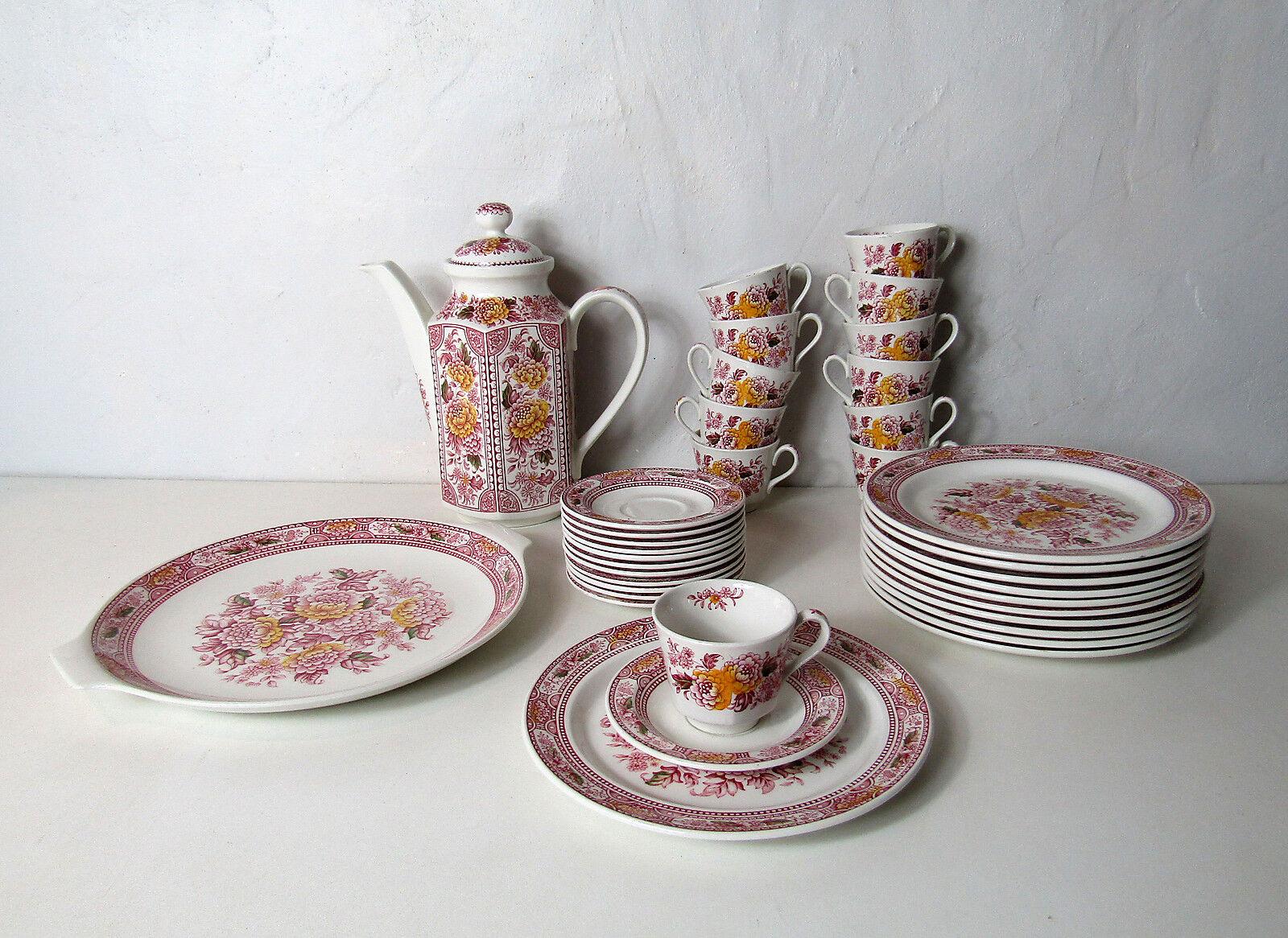 Faience Staffordshire England service assiettes plat gateau tasses Vintage