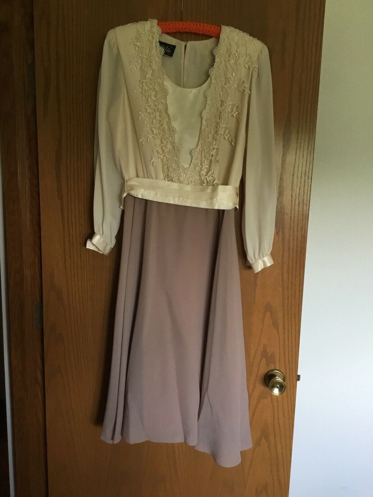 Mother Of Bride/groom Dress Size 14 Beautiful Cream And Taupe.
