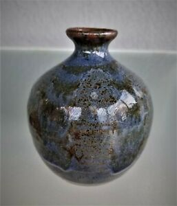 Mid-Century-Studio-Art-Pottery-Vase-Cobalt-Blue-Artist-Signed-Stoneware-Squat