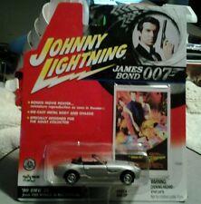 JOHNNY LIGHTNING James Bond 007  '99 BMW Z8 World is Not Enough Car 1:64 NIP
