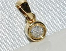 Hermoso 9 CT Diamante Solitario Colgante 0.15ct Oro Amarillo