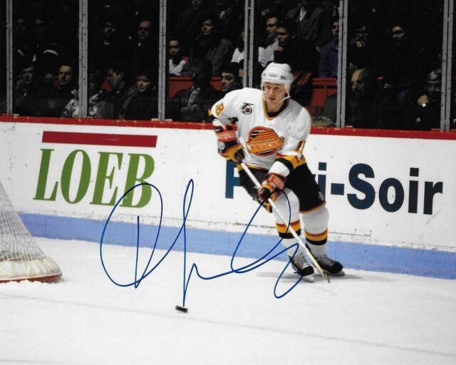 Igor Larionov signed Vancouver Canucks 8x10 autographed photo (HOF)