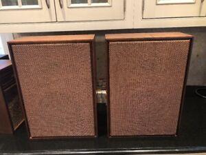 Audiophile-RARE-Pair-2-JENSEN-1960-039-s-CERAMIC-MAGNET-SPEAKERS-WALNUT-CASE-18-034