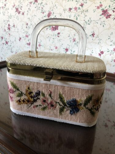 Vintage JR Florida Embroidered Floral Woven Box Pu