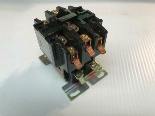 NEW IN BOX Furnas Contactor  42CD35AF 3 pole 40A  600V  120V Coil