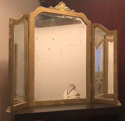teater spejl med lys