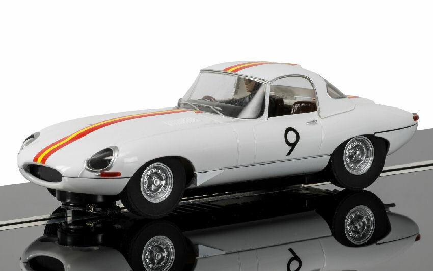 Jaguar E-type Bathurst 1965 Slot Car 1 32 Model SCALEXTRIC