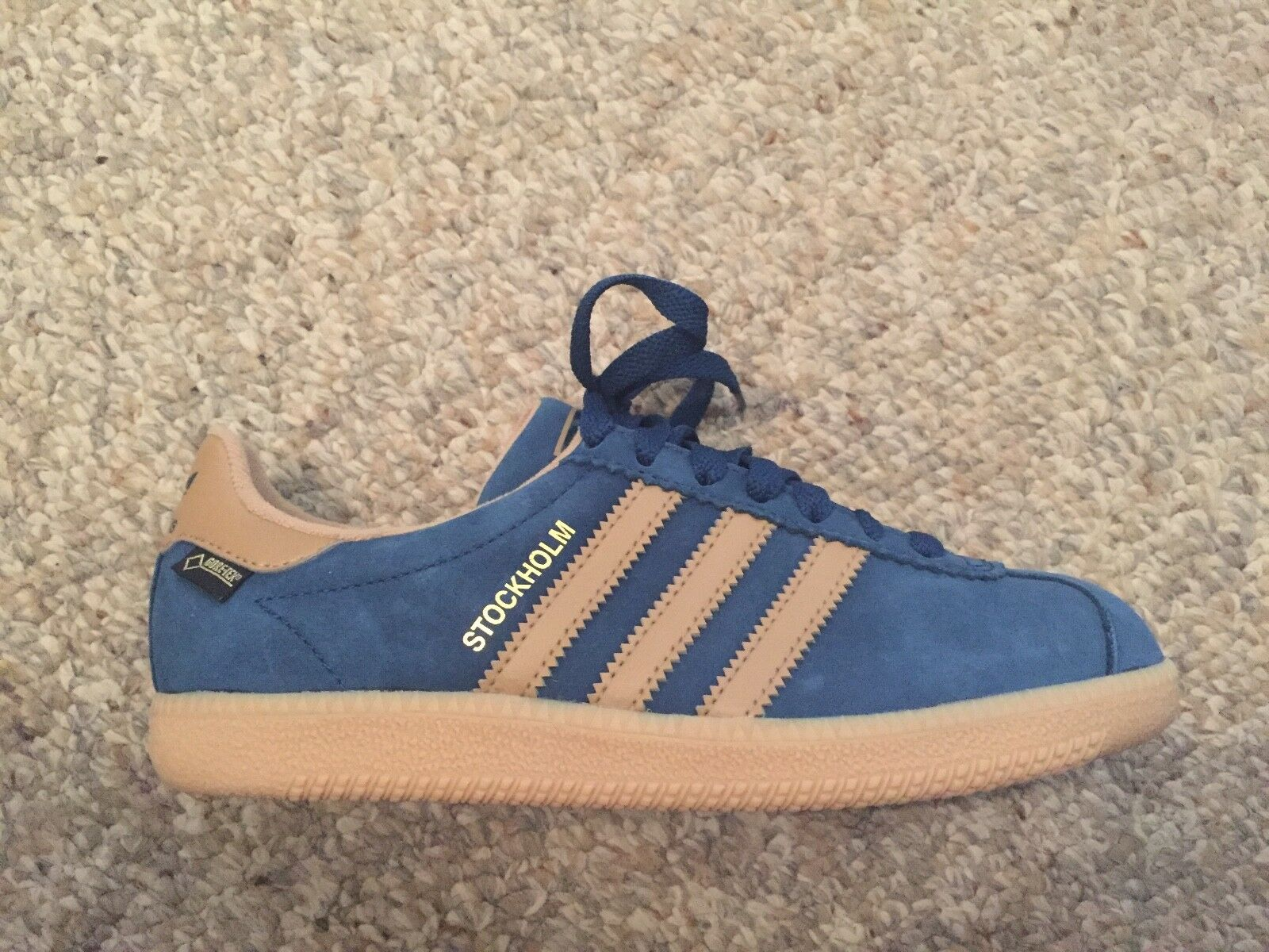 Adidas Stockholm Gore-tex bluee Size US 4 4 4 12  UK 4 cf1f6b
