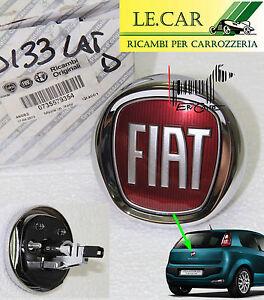 fregio pulsante logo cofano posteriore fiat punto evo 10 2009 2 2012 originale ebay. Black Bedroom Furniture Sets. Home Design Ideas