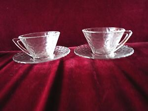 2 sets Arcoroc glass cup and saucer opaque cobblestone pattern Modern design mcm