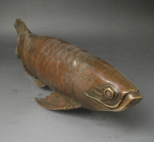 Chinese Bronze Carved statue /' Fish every year /' .