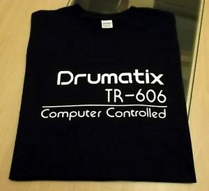 RETRO-T-SHIRT-SYNTH-DESIGN-TR-606-DRUMATIX-DRUM-MACHINE-S-M-L-XL-XXL