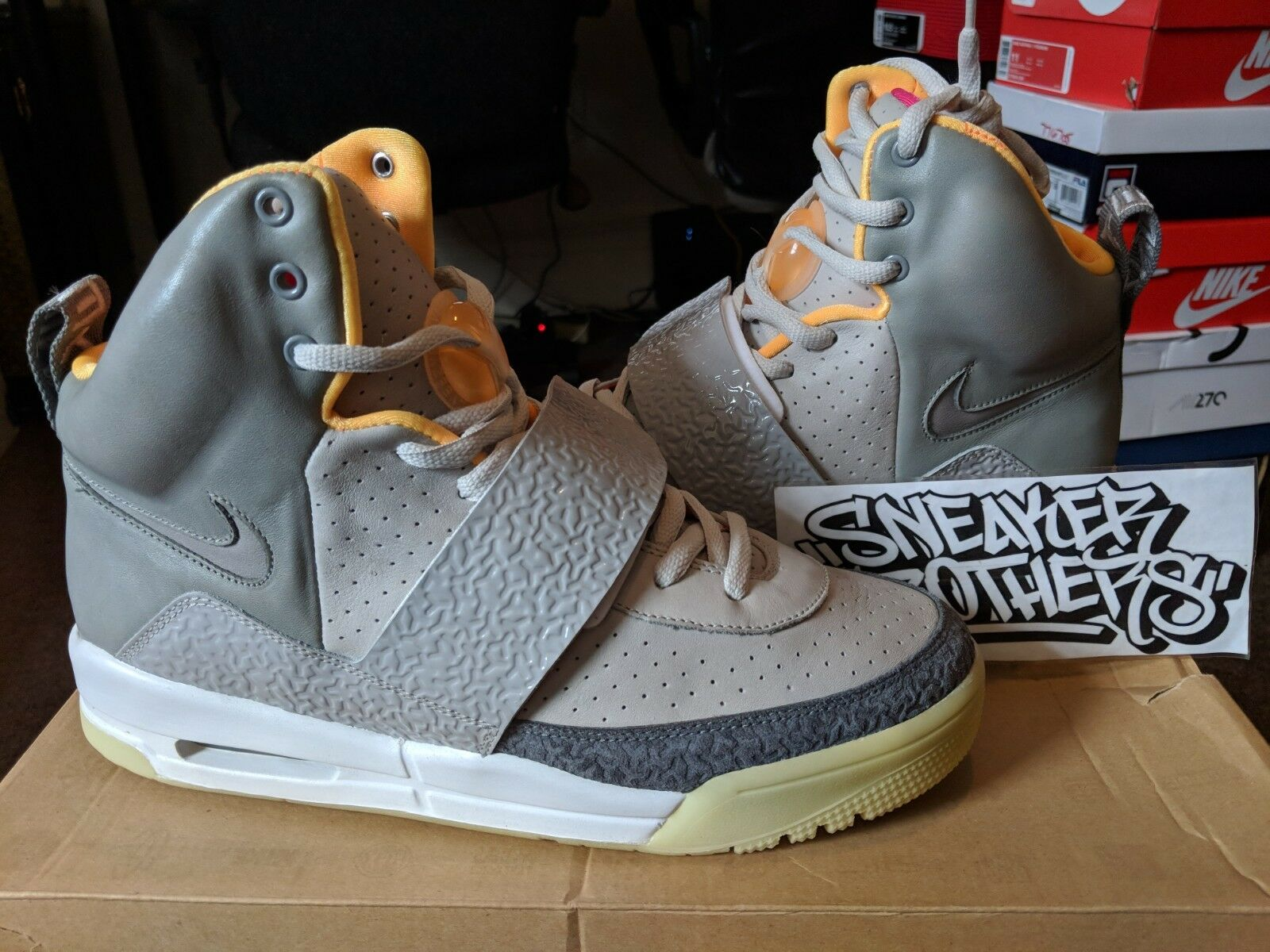 Nike Air Yeezy Zen Grey Light Charcoal Kanye West White Authentic 366164-002