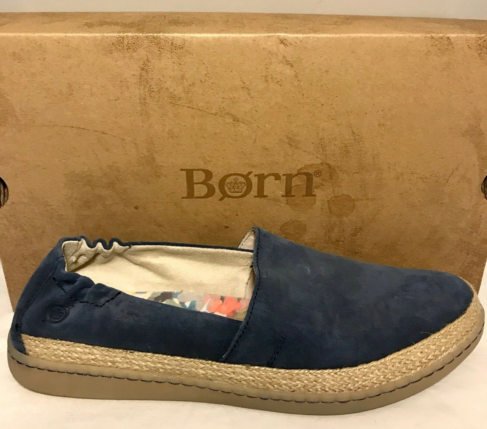 Born Castries Slip On Schuhe Blau Damenschuhe 9.5 M Casual Leder Fashion Sneaker 90