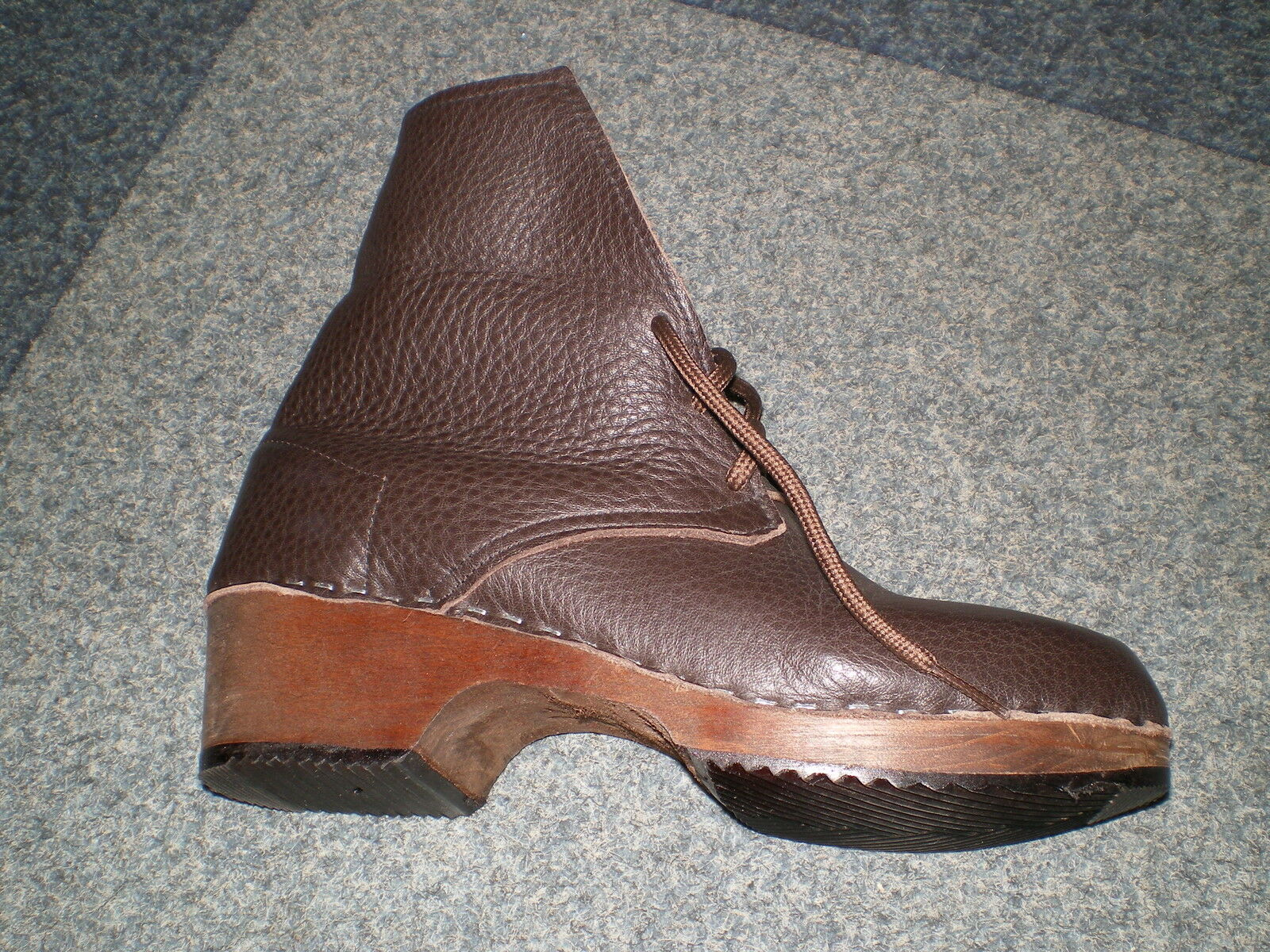 Hand made in Scarbgoldugh Swedish Swedish Swedish Style wooden sole Leather Clog Boot  UNISEX 18ce5f