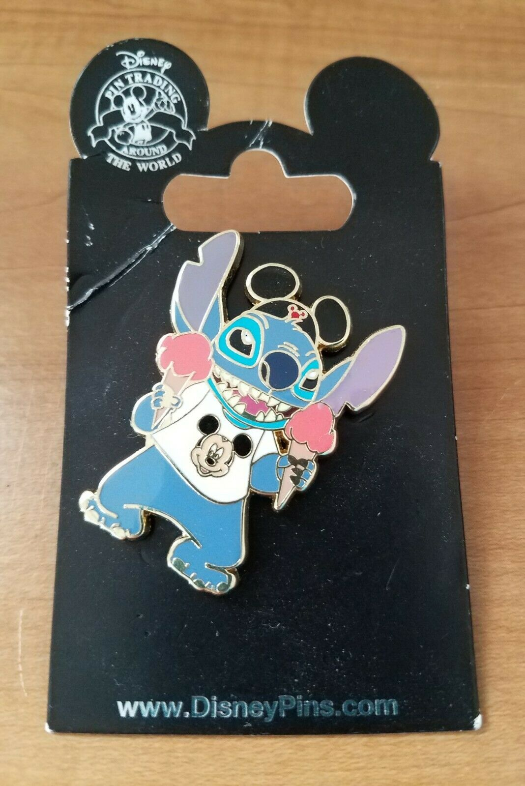 "Disney Pin Stitch In Mask Pin 1 3//4/"" Pin With Stitch From Lilo And Stitch"