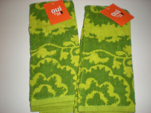 Oui By French Bull  Set Of 2 Green Print Cotton Kitchen ...
