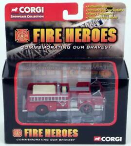 FIRE-HEROES-1960-ALF-900-Series-Pumper-CORGI-CS90057