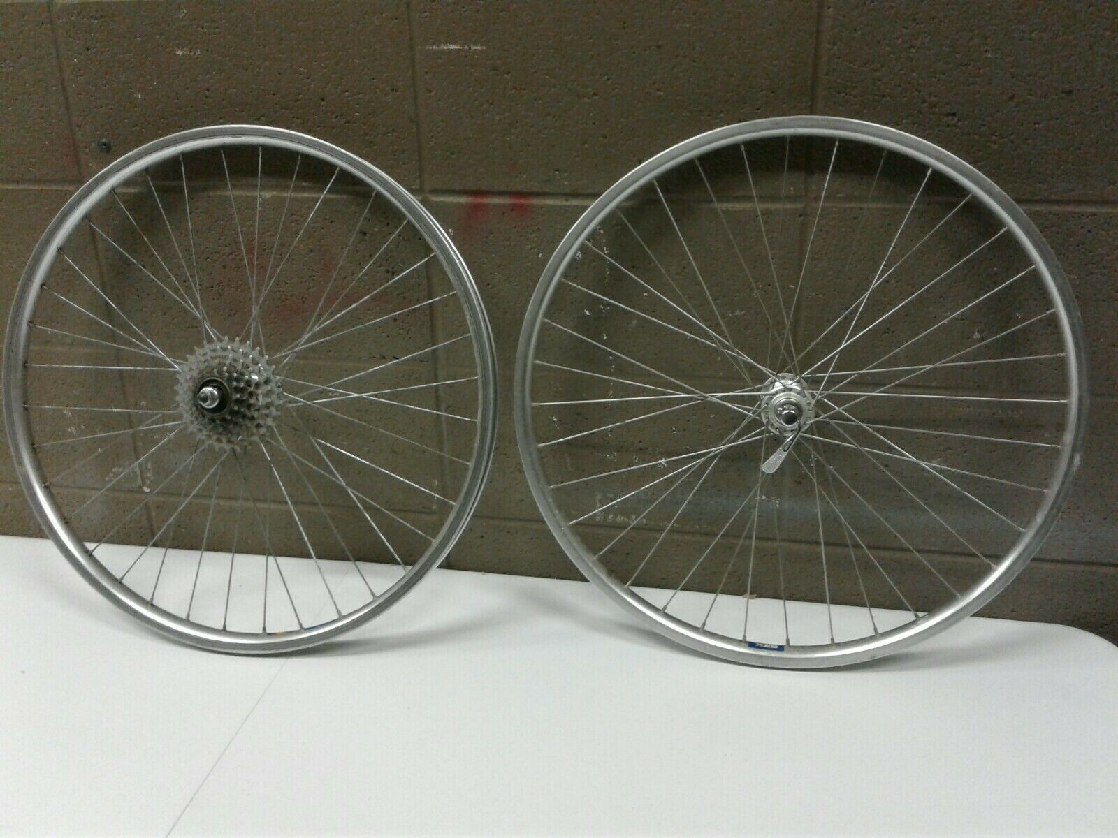 Vintage Saturae X28 Touring Wheels 5 Speed Front and Rear Rim (dd) (c43)
