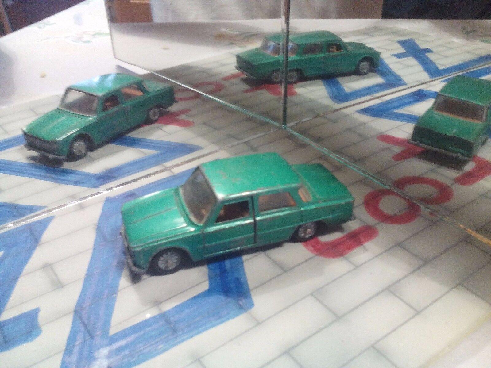 Mebetoys codice A3 Alfa Romeo Giulia TI T.I. verde metallizzata Scala 1 43 Rara