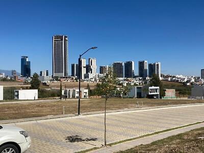 Terreno en venta Lomas de Angelópolis, incluye proyecto Prêt-à-porter