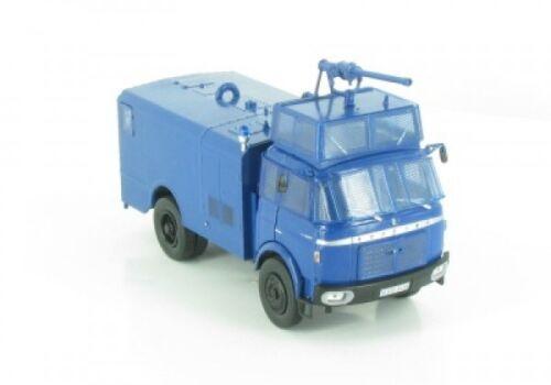 1//43 ixo berliet 80 police gendarmerie canons à eau BERLIET 11
