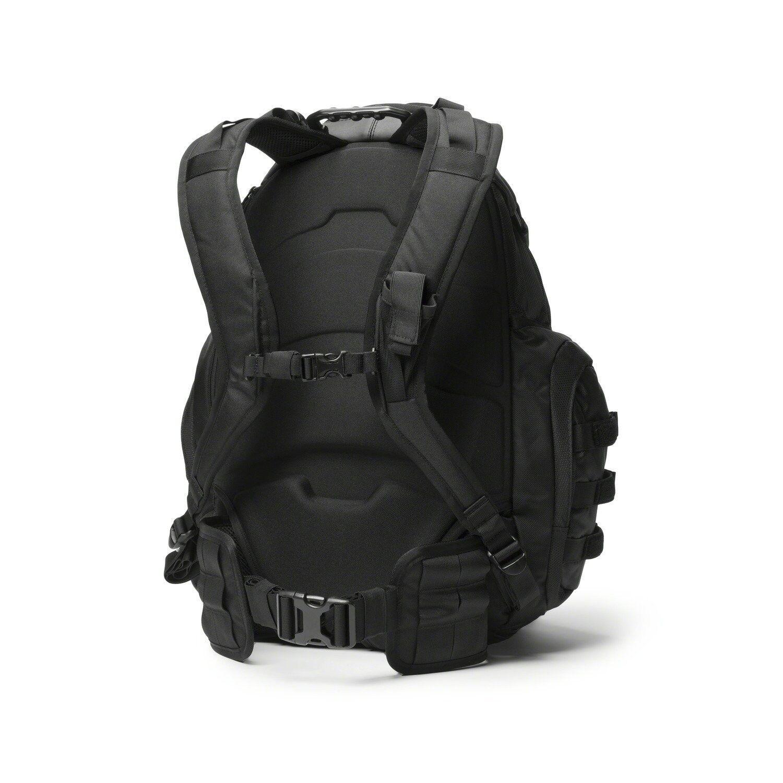 Oakley Men S Kitchen Sink Backpack One Size Stealthblack For Sale Online Ebay