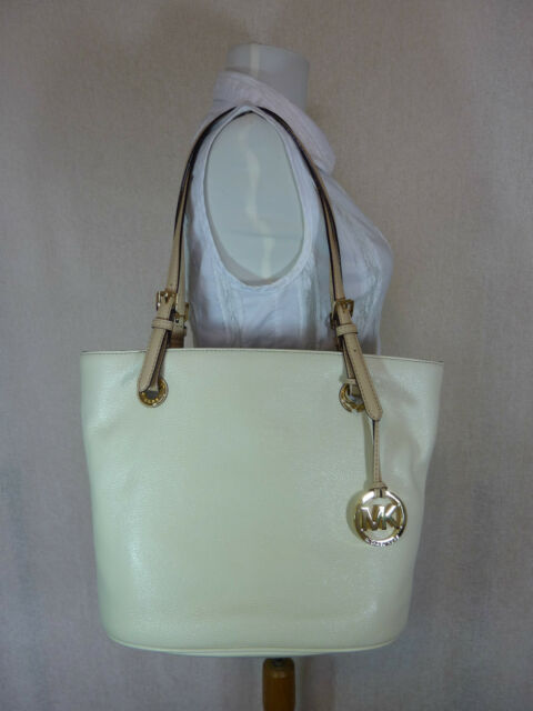 7283f3954944 NWT Michael Kors Natural/Soft Cream Pebbled Leather Mdm Jet Set Tote Bag  $248