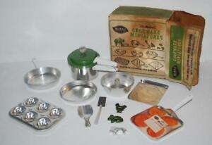 Vintage-1950s-Mirro-Aluminum-Cookware-Bake-Set-Toy-Pressure-Cooker-Cookie-Cutter