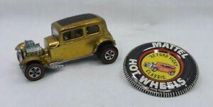 Hot Wheels 32 Ford Vicky Collectors Badge Reproduction Circle Aluminum Sign