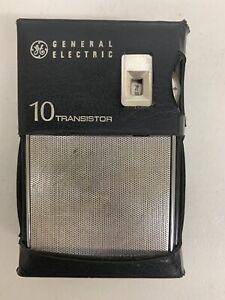 Vintage General Electric (GE P1700B) AM 10 Transistor Radio w/Case,1965 Tested