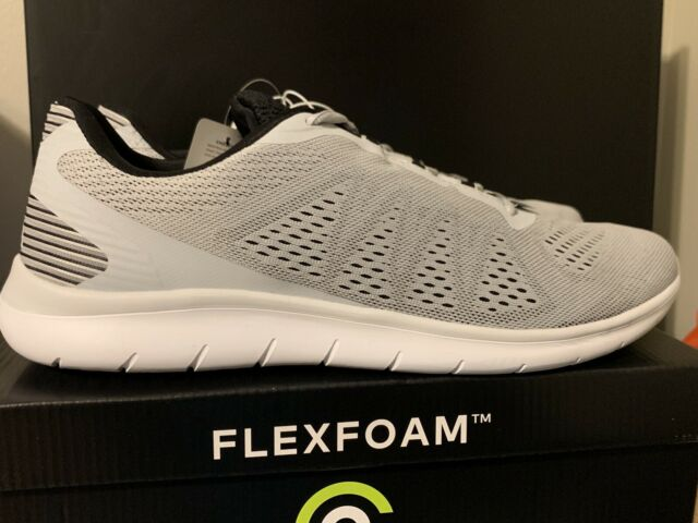 Performance Athletic Shoes Grey