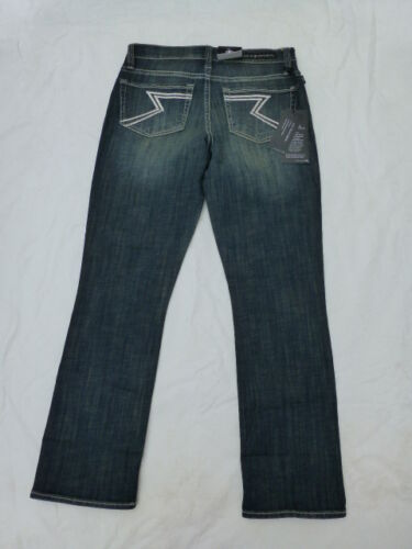 NWT WOMENS ROCK /& REPUBLIC KENDALL CAPRI JEANS $60 BOTTOMS UP R210760