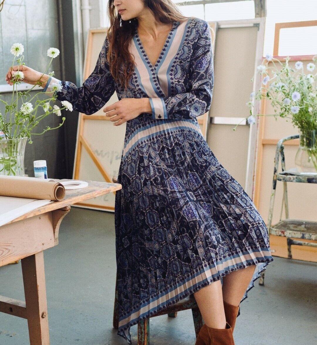 Dark Blau Paisley Patterned Pleated Dress Paisleymuster Plissiertes Plissiertes Plissiertes Kleid H&M   Abrechnungspreis     Neuer Markt    Shop Düsseldorf  9a1b0e
