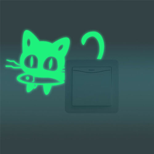 Sticker adesivo luminoso fluorescente Gatto Pesce interruttore luce parete notte
