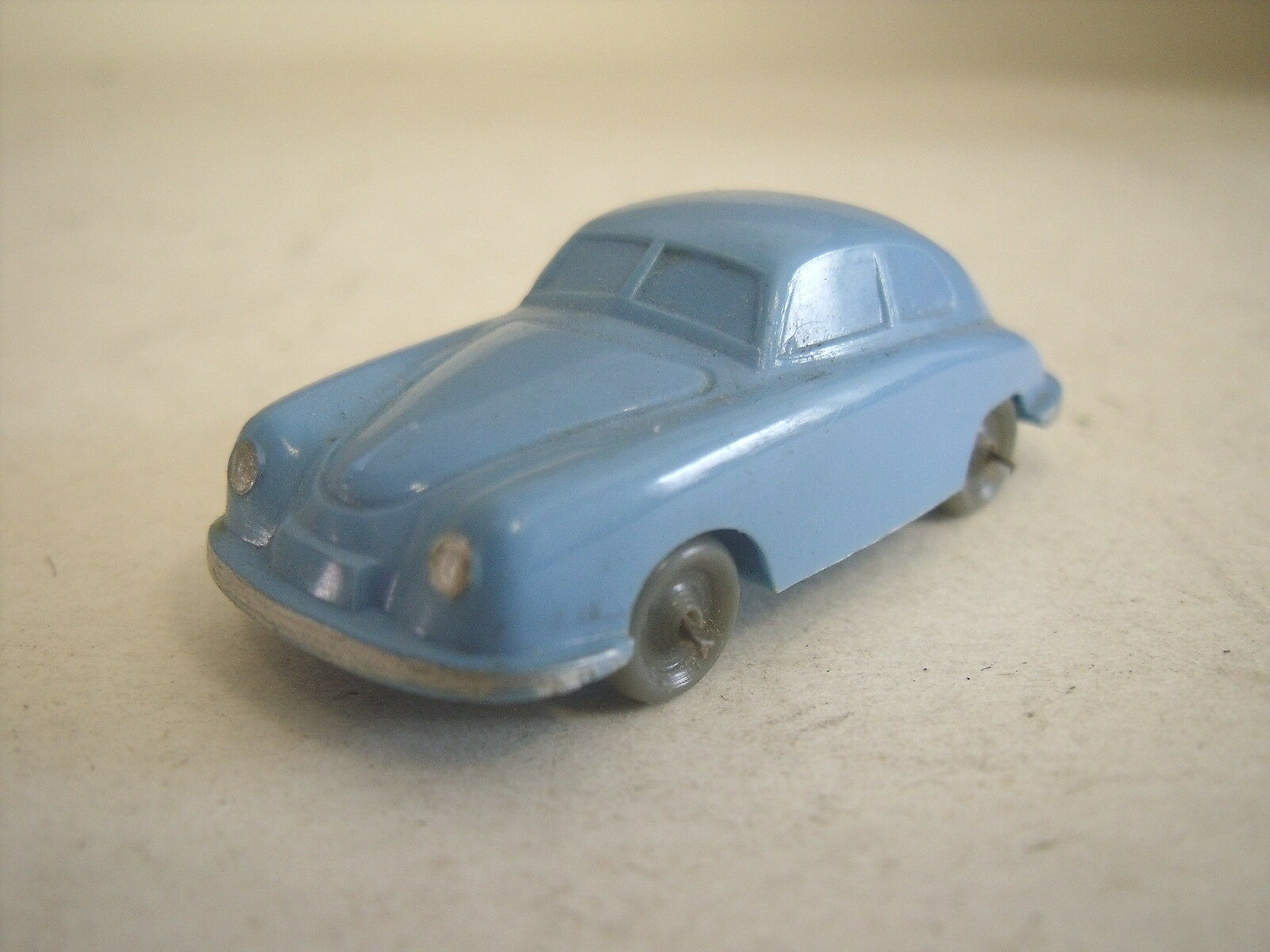 WIKING  160 1  Porsche 356   Drahtachser