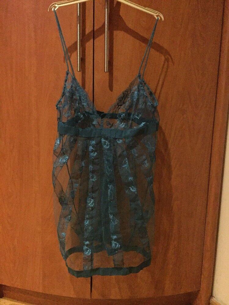 LA PERLA Women sexy look Sleepwear size  US M bluee color Made in  Silk