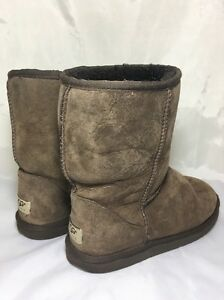 179bc57d004 UGG Boots 8 Classic Short 5825 Chocolate Brown 887278523277