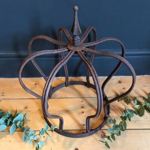 GRANDE GIARDINO RUSTY IRON Crown Filo Di Metallo Ornamento Decorazione Fioriera Scultura