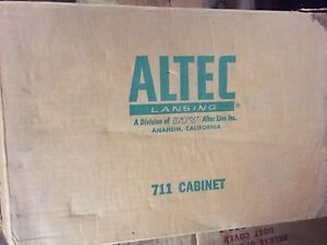 Rare-Vintage-Altec-Lansing-711-WOOD-CABINET-NEW-OLD-STOCK-BRAND-NEW-IN-BOX