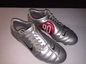 Dettagli su Nike Air Zoom Total 90 III Scarpe Calcio Collezione