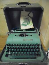 Vintage Underwood Quiet Keys Deluxe Two Tone Green Typewriter WORKS 1950's