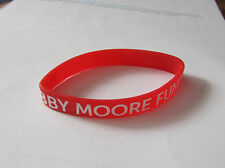 Cancer Research UK Pin Badge - Bobby Moore Fund Wristband
