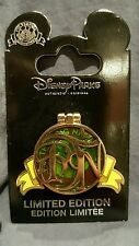 Disney Pin Trading Night STITCH as Yoda Star Wars Stain Glass Hinged Le 500 Pin